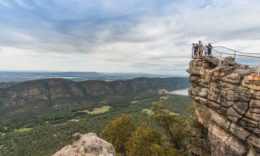 Have You Reached the Pinnacle? Pinnacle Walks in the Grampians